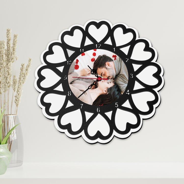 Ahşap Kalp Tasarımlı Fotoğraflı Sevgili Duvar Saati